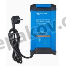 Blue Power IP22 Charger 12V/20A (1) 230V/50Hz Victron